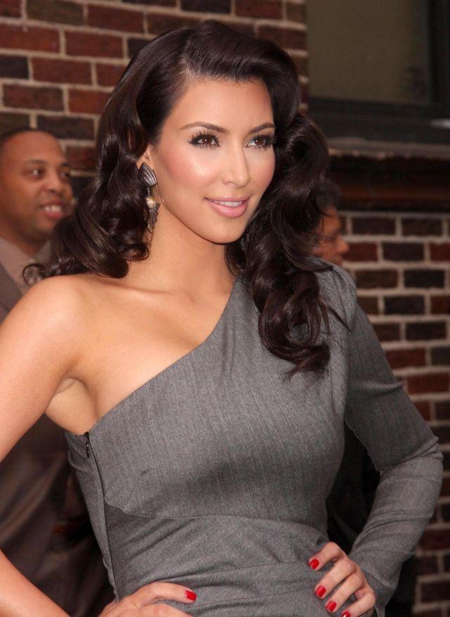 Stunning Kim Kardashian (9 pics)