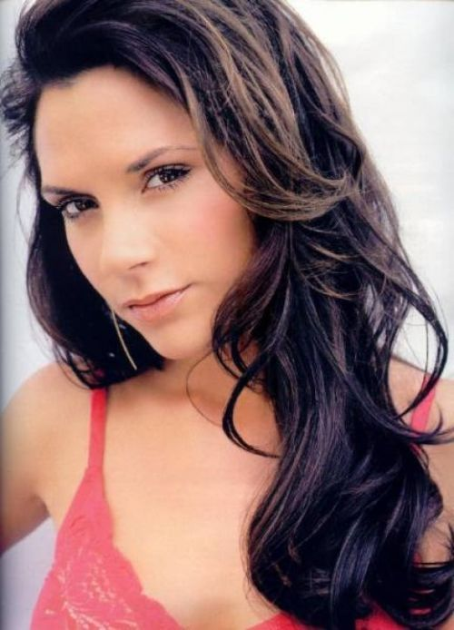 1 Victoria Beckham: before and after (23 pics)