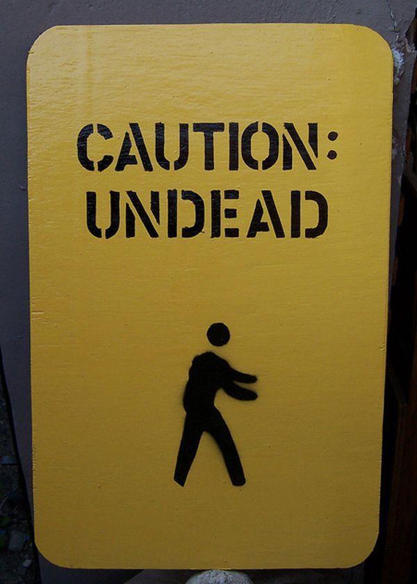 Beware of zombies! (37 pics)