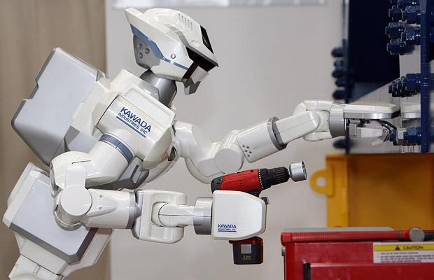 Humanoid robots. Will they take over the world? ;) (15 pics)