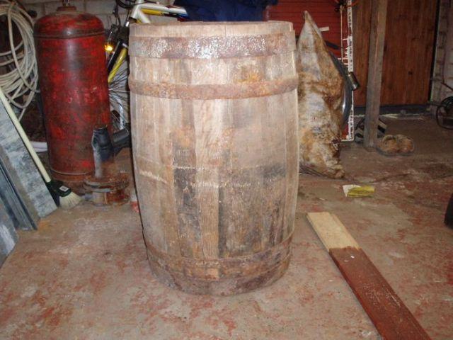 Barrel fridge (11 pics)