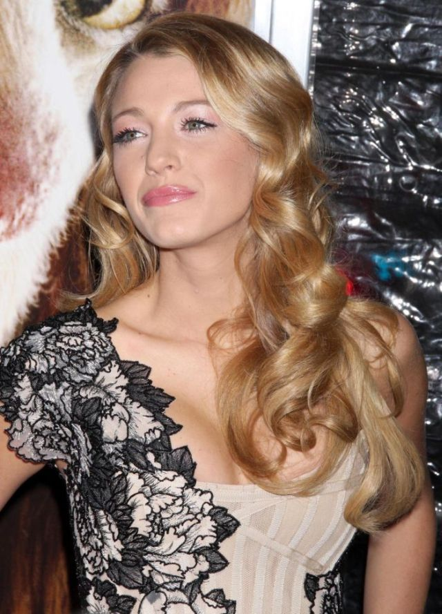 Blake Lively is so lovely (9 pics)