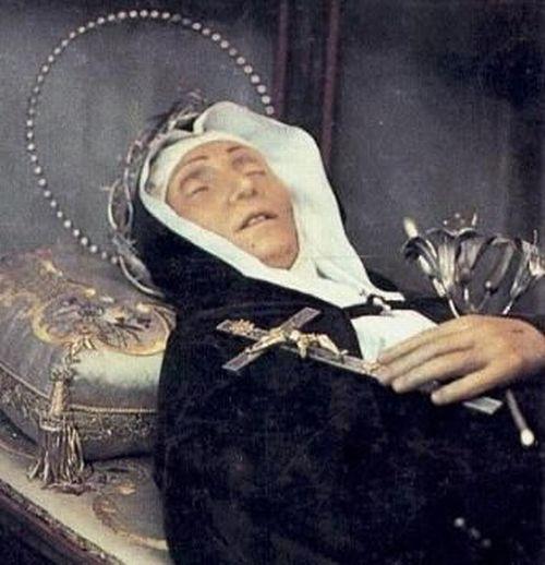 Incorruptible Corpses (16 pics + 2 videos)