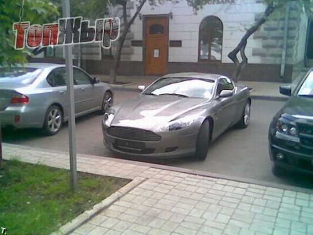 Cars you can see in Kiev (100 pics)