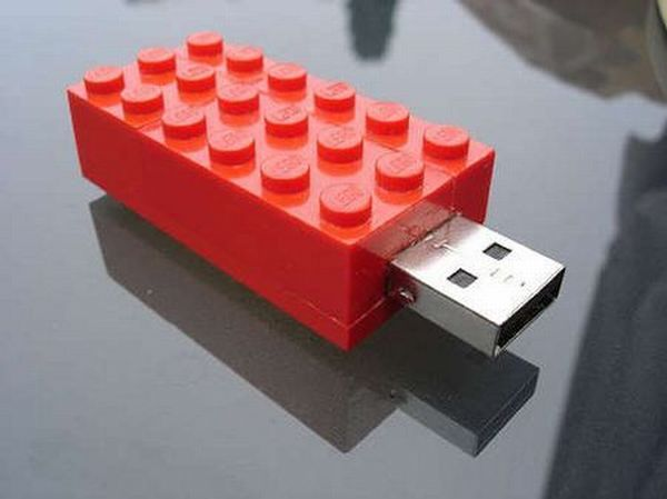 Unique and very unusual flash drives (72 pics)