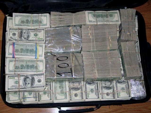 Drug Money. $205 million in cash! (12 pics) - Izismile.com