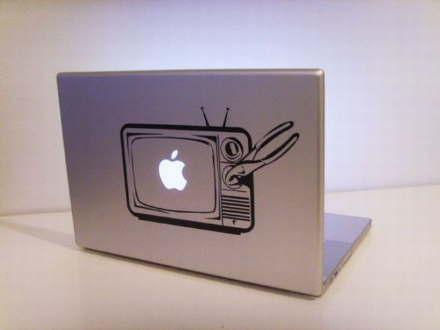 Fun with Macbook apples (9 pics)