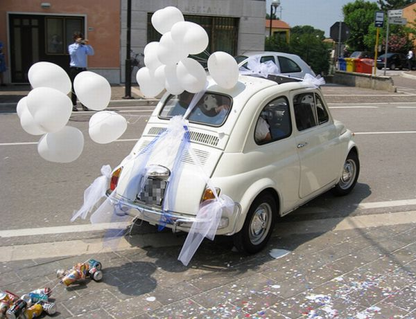 Different wedding cars (23 pics)
