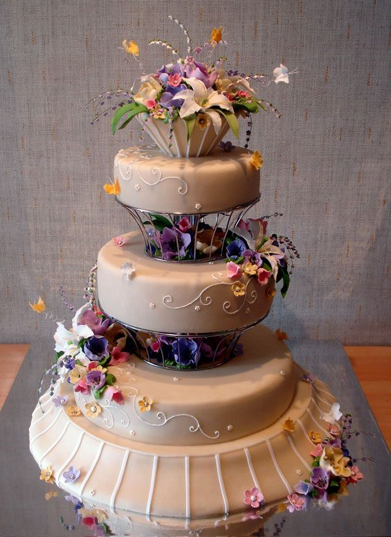 gorgeous wedding cake beautiful and creative wedding cakes 35 pics picture 14872