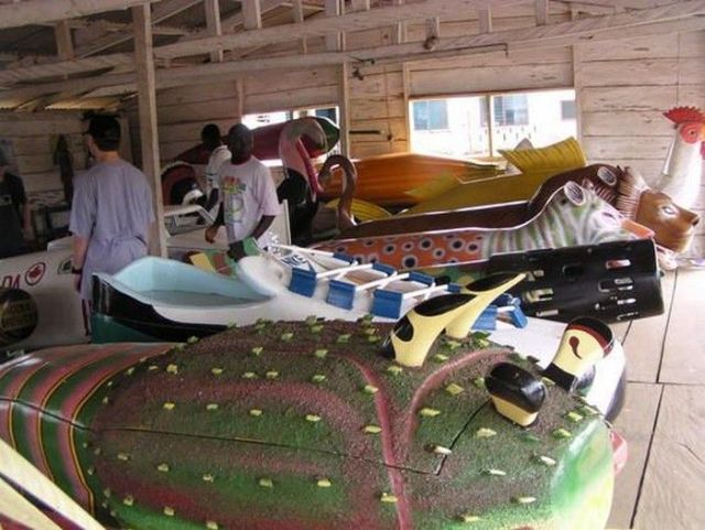 The Unusual Coffins of the Ga People (51 pics)
