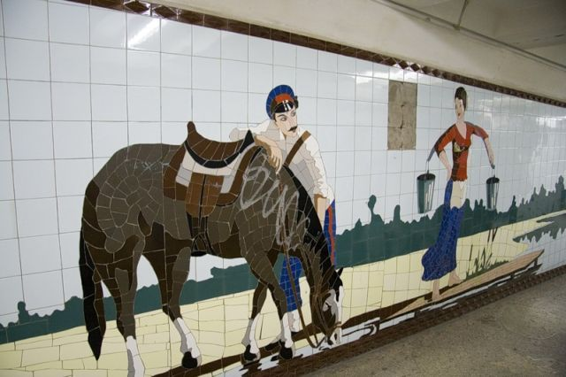 Decorations in the Pedestrian Underpasses (28 pics)