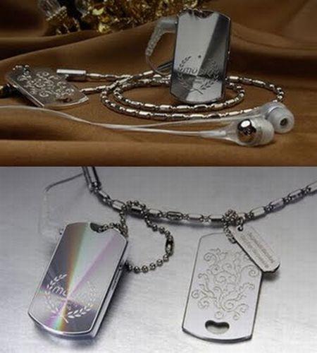 Unusual MP3 players (16 pics)