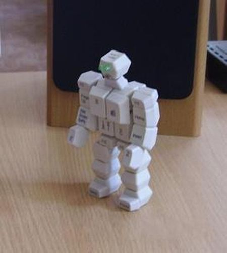 Awesome hand-Made Toys From Old Computer Stuff (18 pics)