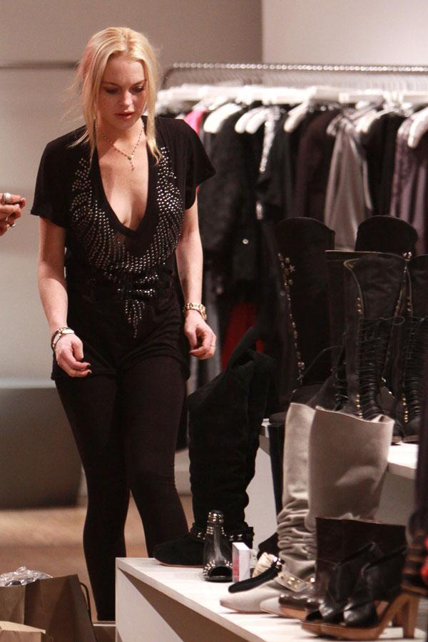 Lindsay Lohan (11 pics)