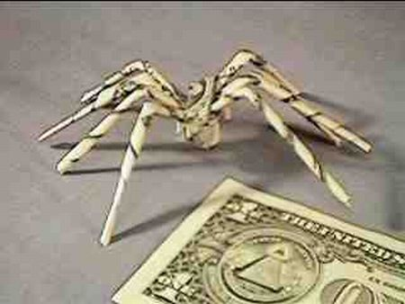 Dollar Bills DIY Spider (12 pics)