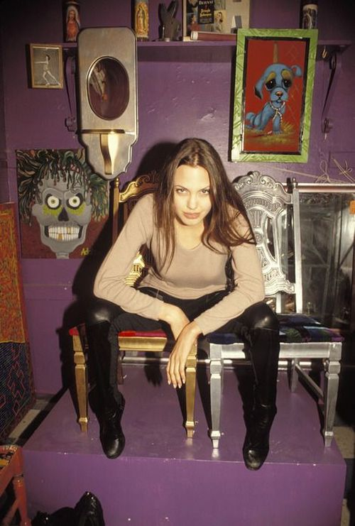 Angelina Jolie When She Was Only 19 years old! (17 pics ...