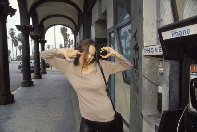 Angelina Jolie When She Was Only 19 years old! (17 pics)