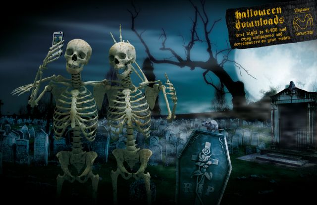 Most Creative Halloween Ads (54 pics)
