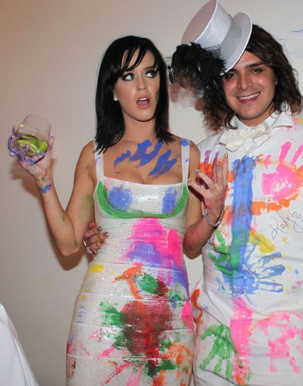 Here Comes Katy Perry Again and She Is Stunning (9 pics)
