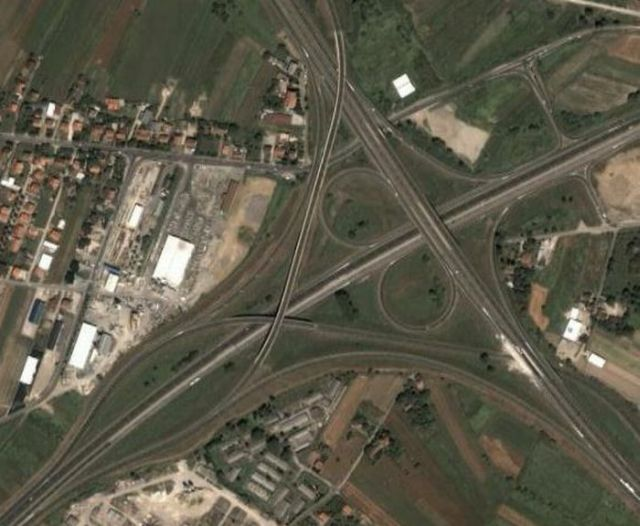 Stunning Highway Interchanges (23 pics)
