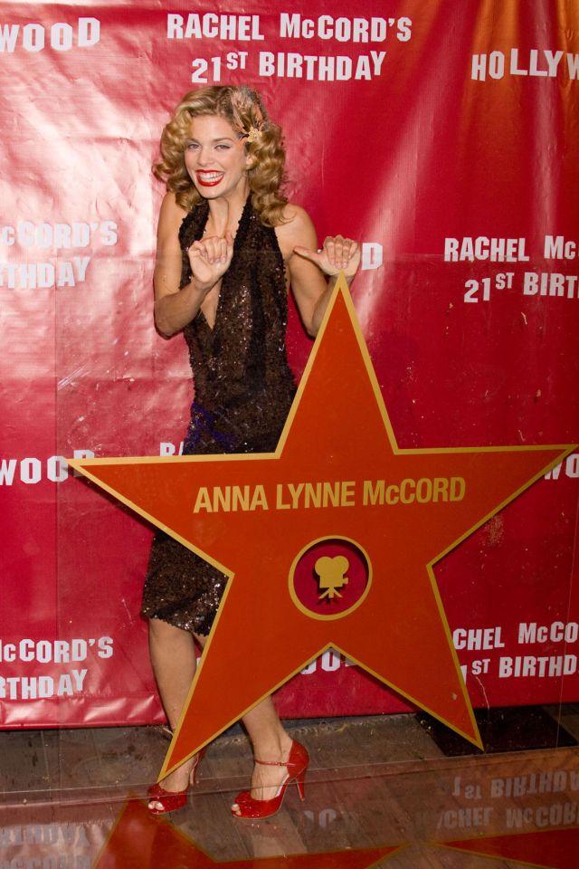Funny AnnaLynne McCord (9 pics)