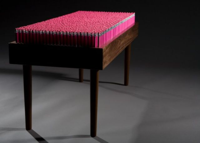 Pencil Bench (6 pics)