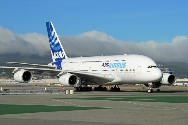Airbus A380 (9 pics)