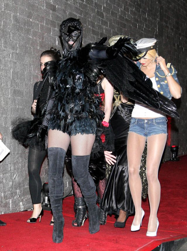 Heidi Klum in the Best Halloween Costume (12 pics)