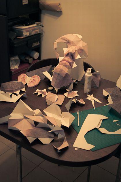 Huge Paper Head (16 pics)