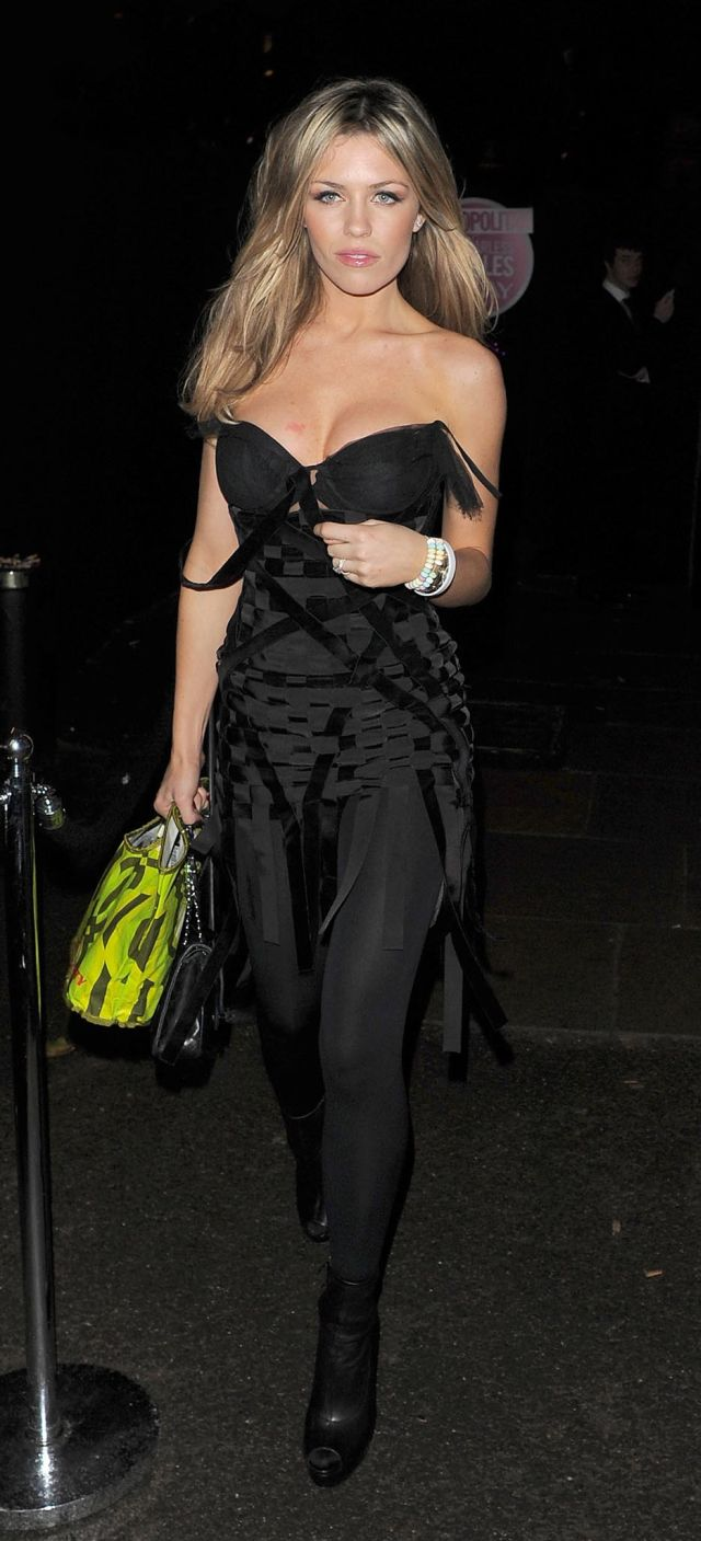 Abigail Clancy Looks Really Good in Black (7 pics)