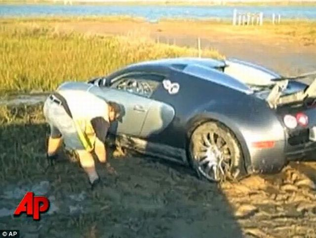 Bugatti veyron crash in lake - photo#19
