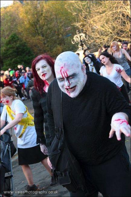 Zombie Walk in Glasgow (42 pics)