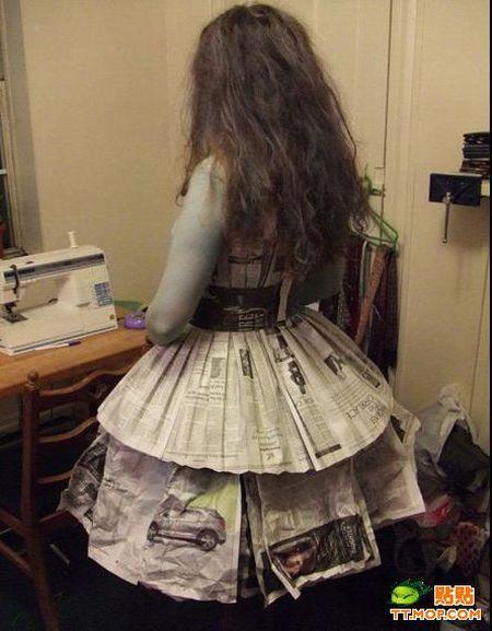 Newspaper Dress (8 pics)