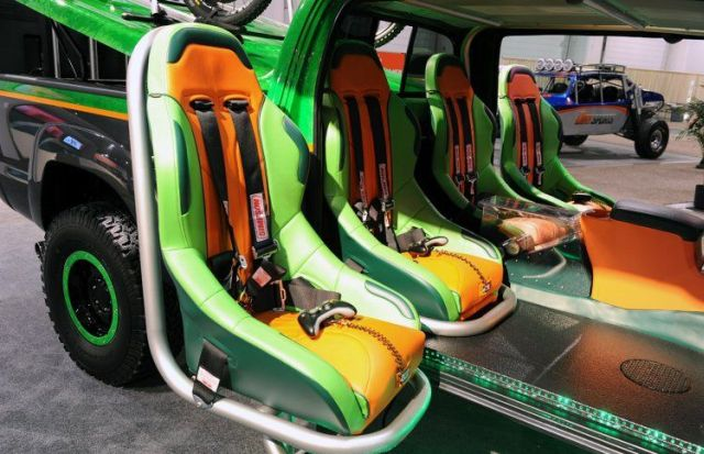 Gamers' Dream Car (14 pics)