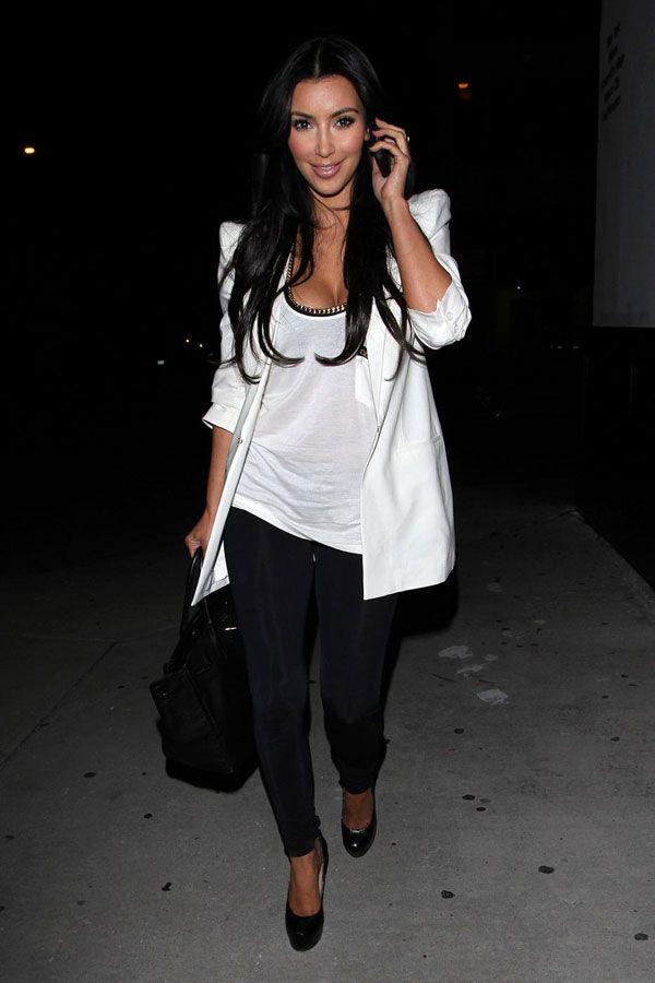 Kim Kardashian Looking Good (5 pics)