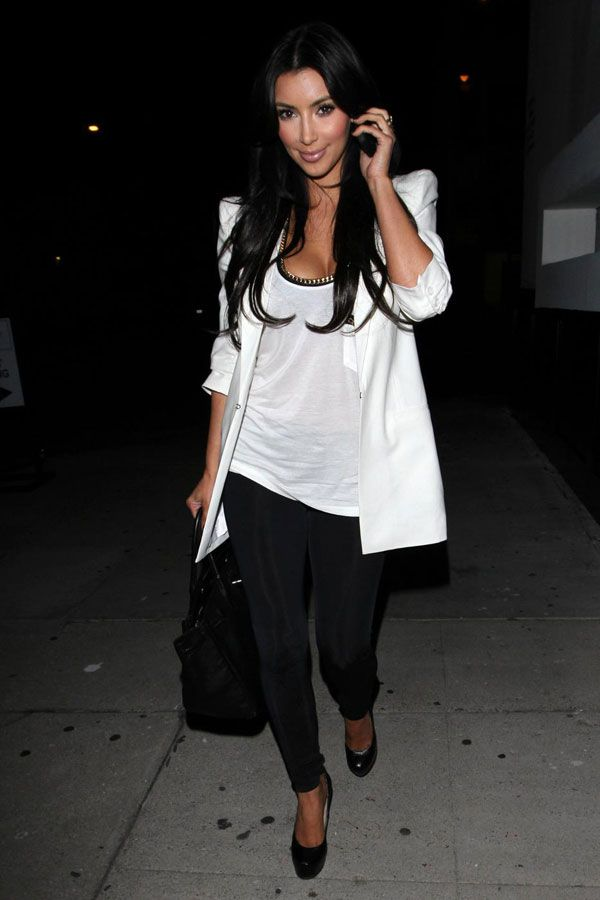 Kim Kardashian Looking Good (5 pics)