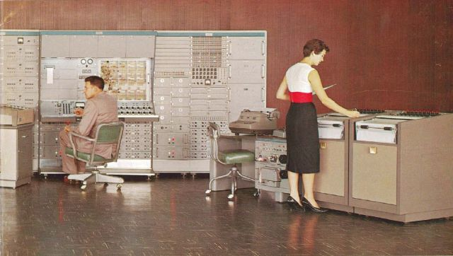 Retro Offices (35 pics)