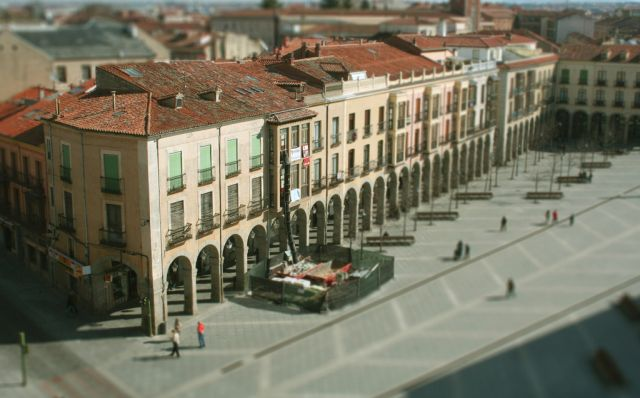 Stunning Tilt-Shift Photography (67 pics)