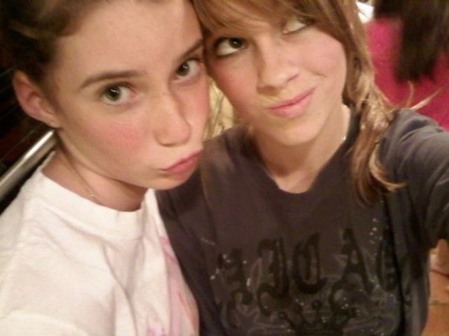 Duckfaces! Why Do People Do That? (100 pics)
