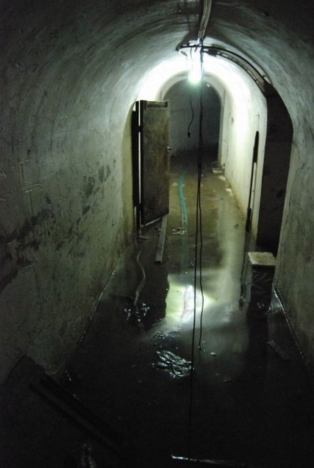 Underground City in Case of Nuclear Attack in China (23 pics)