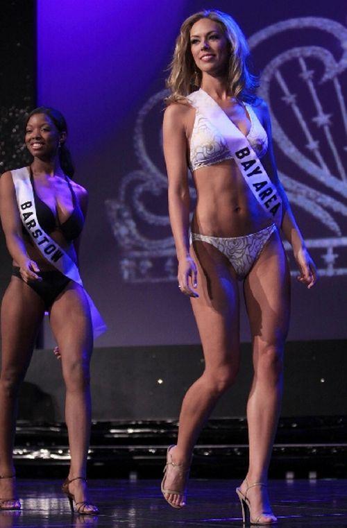 Miss California Bikini Contest (9 pics)