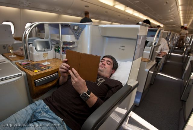 10 Inside A Luxurious Airbus A380 Of The Emirates Airline 47 Pics