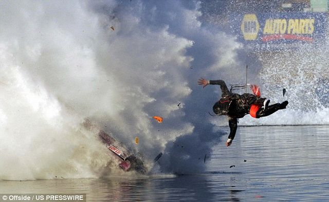 Drag Boat Racer Projected at 150 mph from His Seat (4 pics)