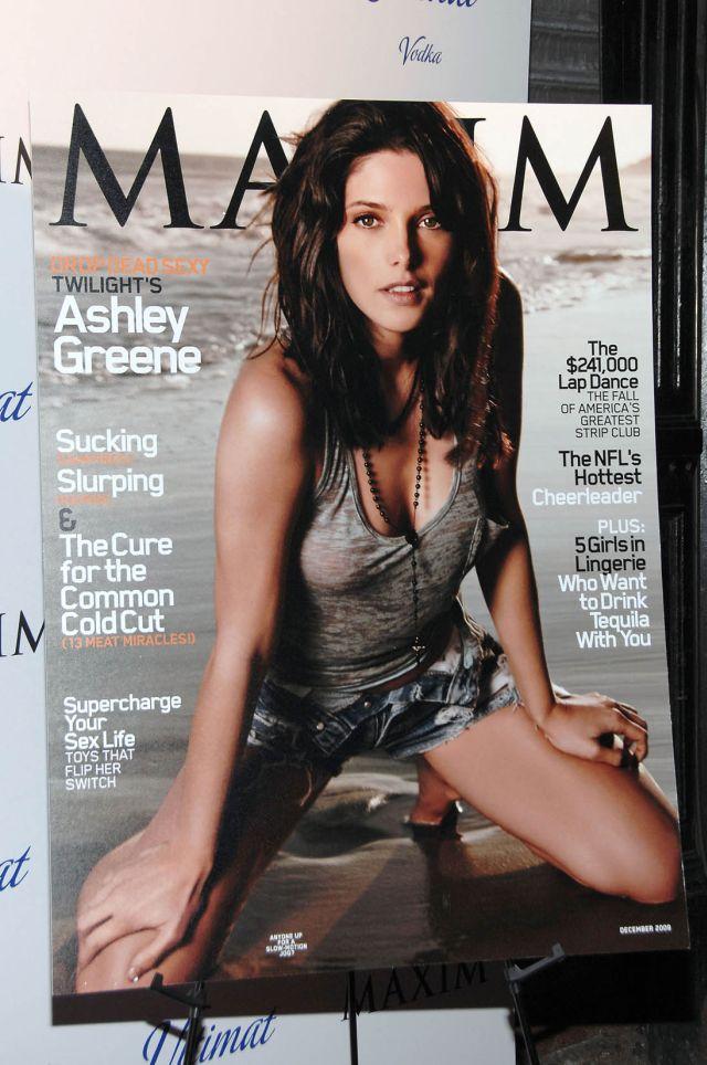 Ashley Greene (9 pics)