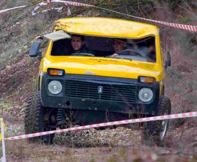 Rally Car Crash (6 pics)