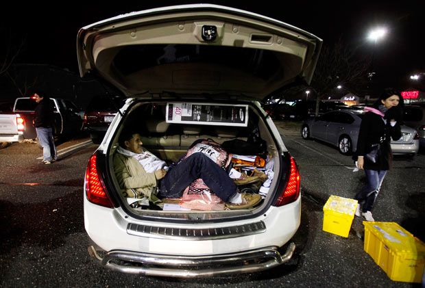 Black Friday Madness (41 pics)