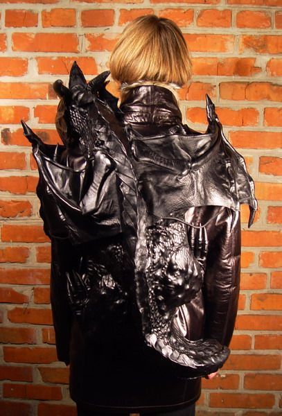 Backpack for Goths (14 pics)