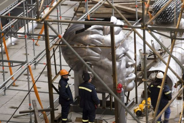 Restoring and Moving the 'Worker and Kolkhoz Woman' Sculpture (63 pics)