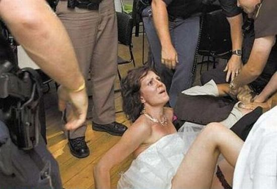 Amusing Pictures from Weddings. Part 2 (93 pics)