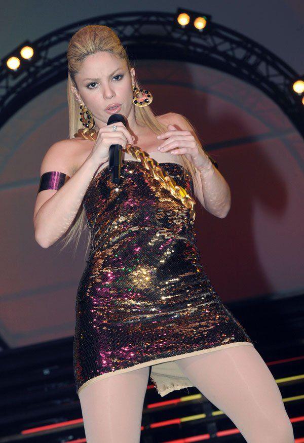 Shakira, Shakira! (8 pics)